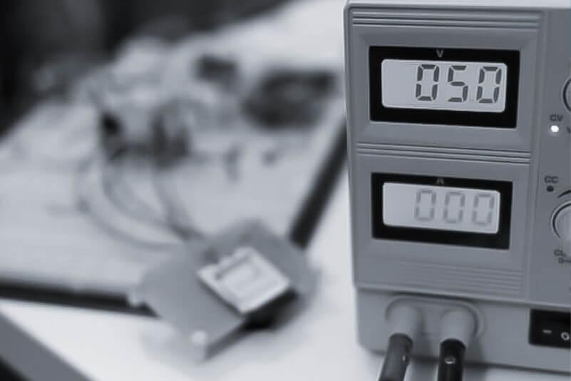 疲労試験の周波数と影響をイメージできる写真