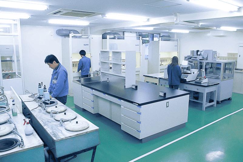 金相試験室
